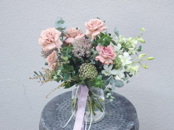 Beautiful flower delivery melbourne